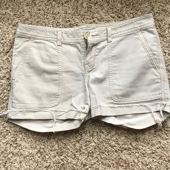 Abercrombie & Fitch Pants - Distressed Exposed Hem Shorts